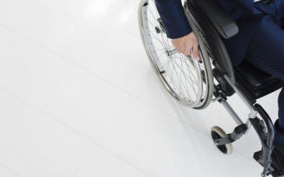 Sclérose en plaques : causes, symptômes et conséquences sur la vie du malade